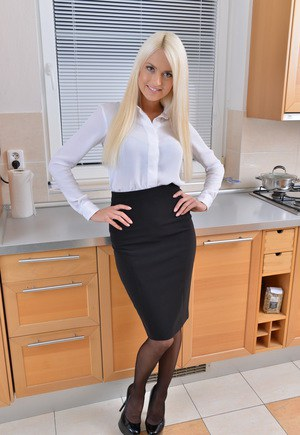 Uber hot blonde mom unzips in kitchen after a day at work in the big city