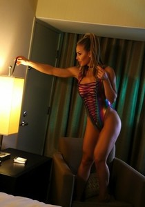 Stunning American babe Nicole Aniston pops her hot tits out of her sexy outfit