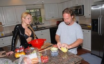 Hot MILF takes off black latex catsuit and gets fucked in the kitchen