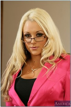 Naughty Office James Deen, Kagney Linn Karter, Shawna Lenee