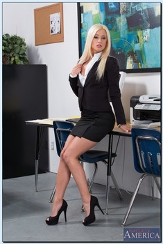 Naughty Office Jessie Volt