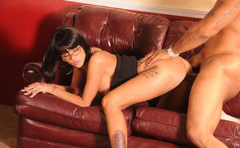 MILF secretary Joslyn James sucks boss cock & fucks him doggystyle in glasses