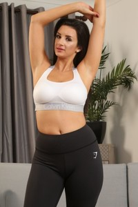 Latina goddess Cara Ruby reveals her monster natural tits after workout