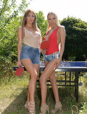 Lesbian babes Paulina Soul & Florane Russell suck each others toes by a pool