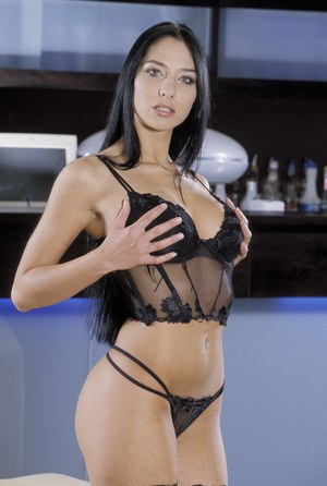 Dirty Lara Stevens spreads & toys her exotic pussy in black lingerie