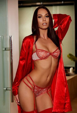Posh babe with astounding face and flawless body Aidra Fox strips and poses