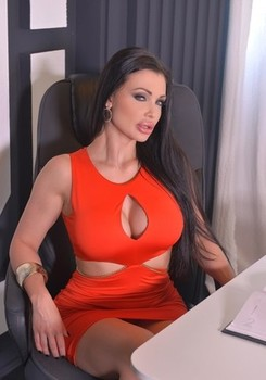 Hungarian bombshell Aletta Ocean blows the mind of lucky co-worker David Perry