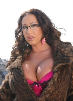 Big titted woman Emma Butt blows her realtor in fur coat and nylons