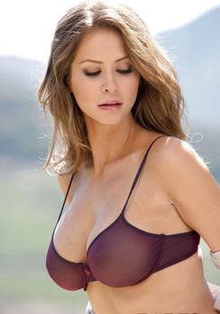 Sweetly pretty lady Emily Addison revealing her amazing big tits