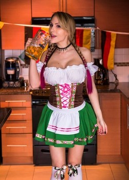 Busty chick Katie Banks dildos her twat in Oktoberfest attire