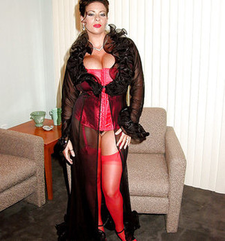 Sexy black lingerie makes Linsey Dawn McKenzie looks even more fuckable.