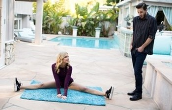 Hot blonde chick Jessa Rhodes fucks her man after outdoor yoga session