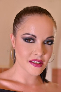 Brunette mistress Dolly Diore toys & fingers sexy Carly Rae's holes in BDSM