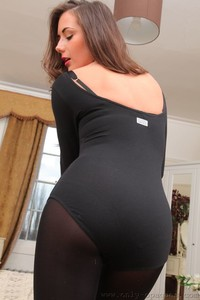 Brunette girlfriend Laura H loses her black bodysuit and flashes her big boosm