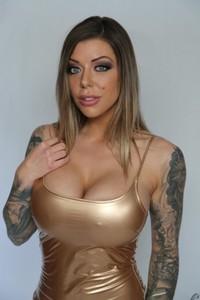 Stunning MILF with tattoos Karma Rx enjoys an interracial blowbang