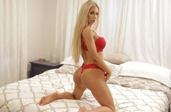 Big boobed cougar Courtney Taylor seduces and screws her innocent