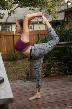 Huge boobed teen Kelsey Berneray draws on her curvy body after yoga class