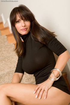 Pornstar Catalina Cruz plays with her knockers and trimmed pussy on the stairs